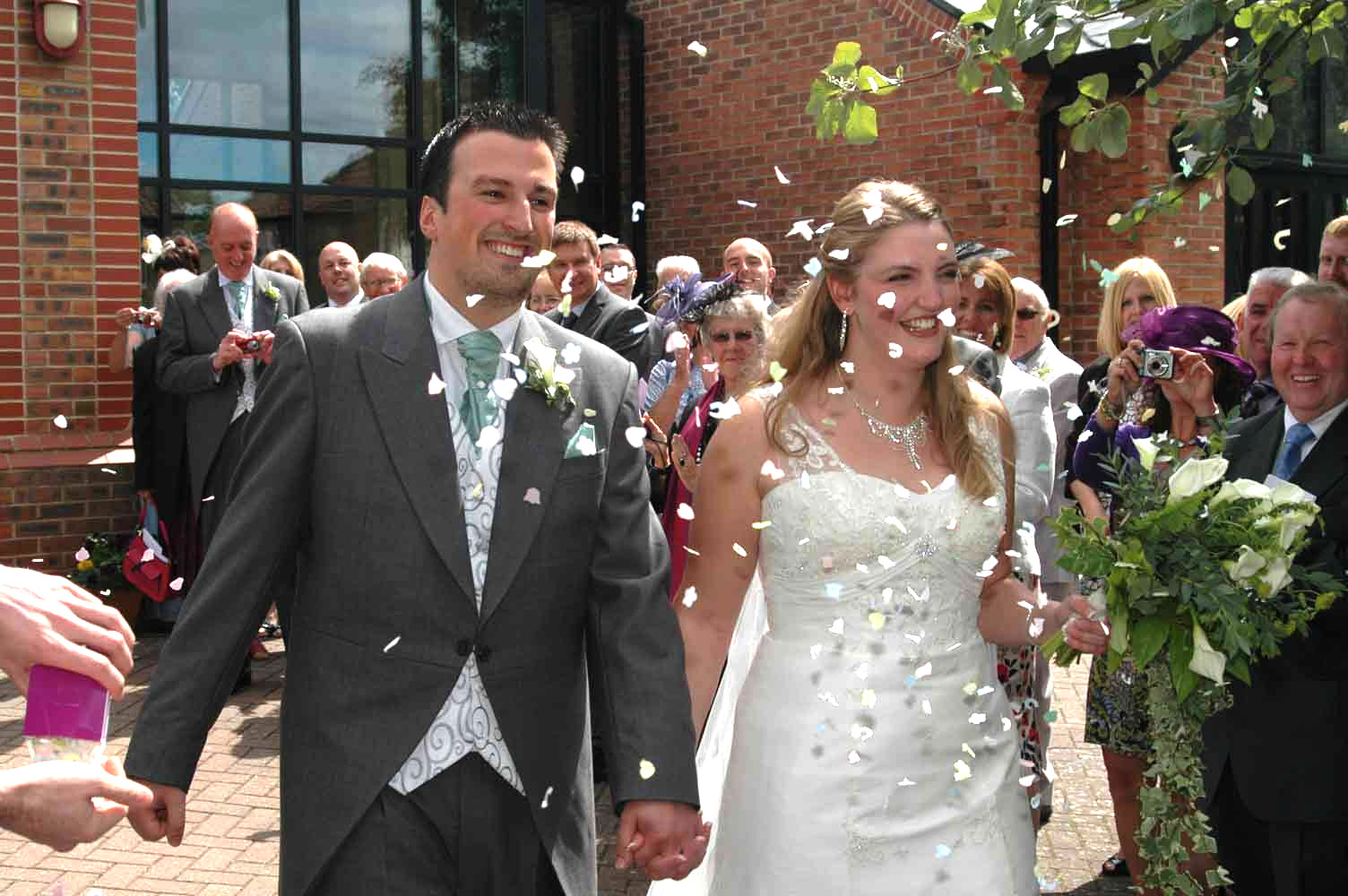 Today More Than A Quarter Of All Marriages In England Take Place Before God The Traditional Setting Church